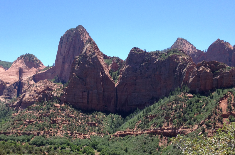 Hanging valley at Kolob Canyons.