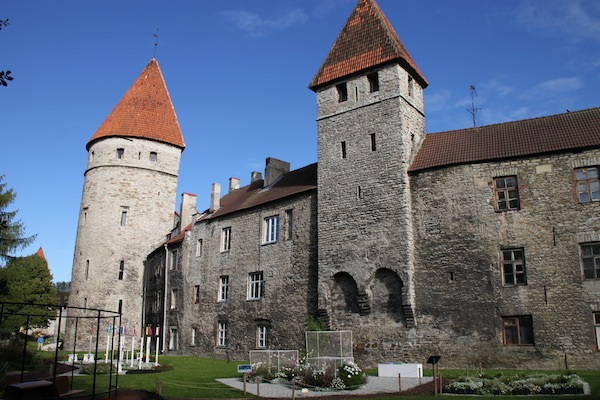 Tallinn: Recalling Guildhalls and Peppersacks