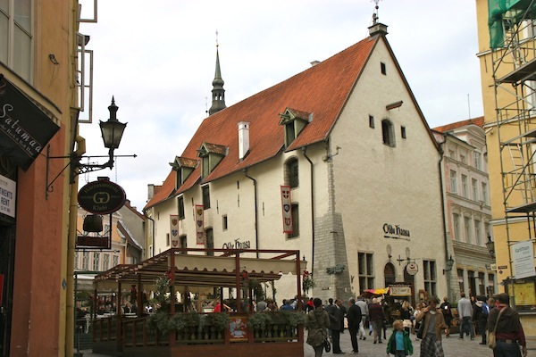 The Olde Hansa restaurant, in a medieval building, features period menus and staffers in period clothing.